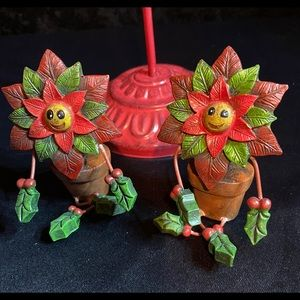 New Adorable Poinsettia Figurines